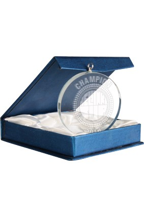 Medal szklany w etui – 70 mm  z grawerem 3D